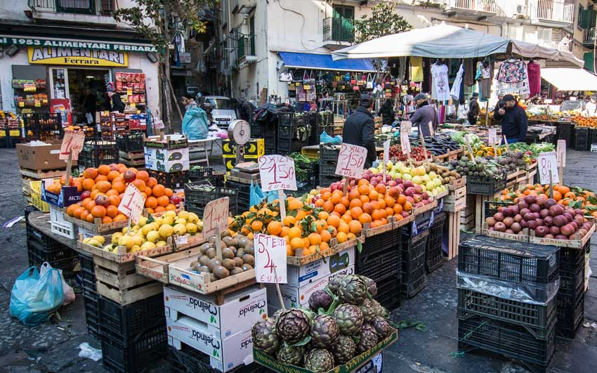 Daily fruit market in Naples